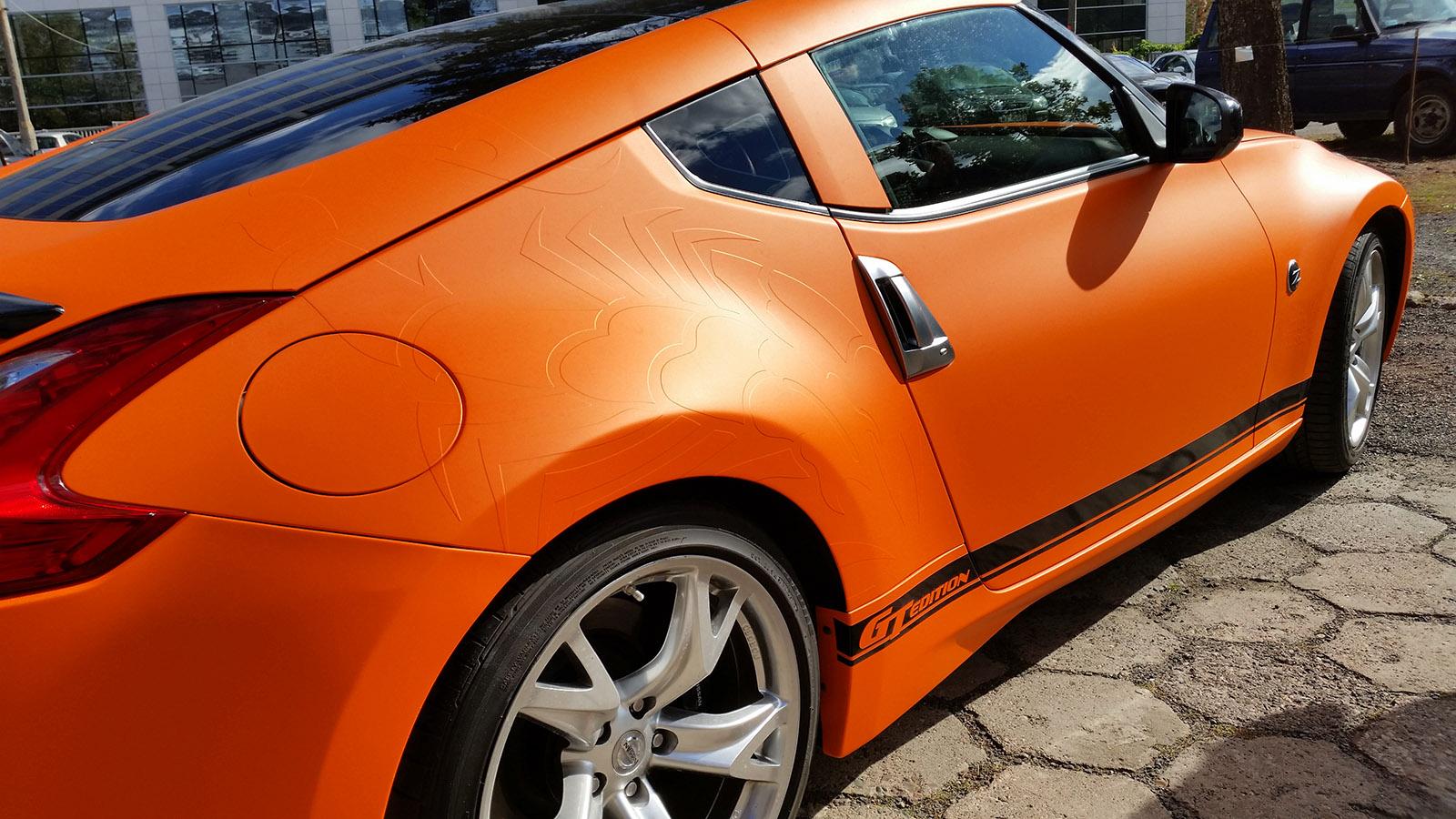 Oklejanie samochodów - skaryfikacja